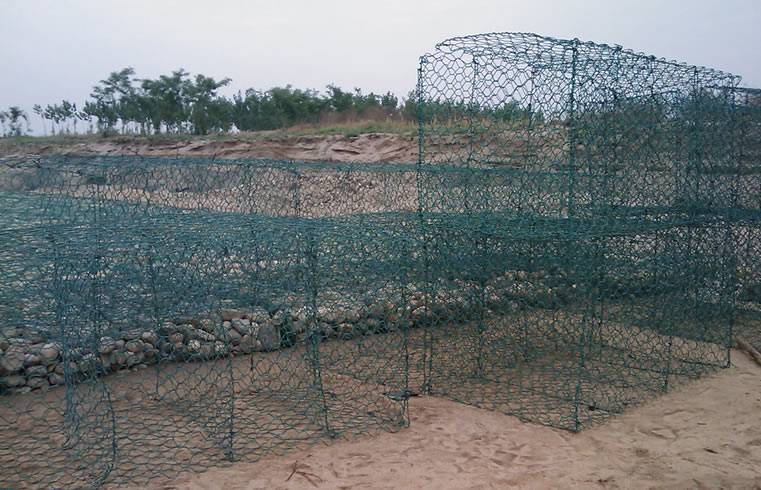 Galvanized And Pvc Coated Hexagonal Twisted Gabion Box